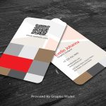 Free Rounded Corner Vertical Business Card Mockup PSD